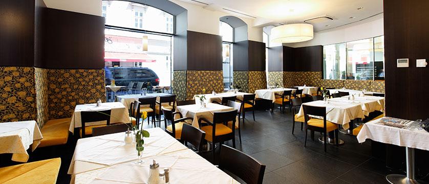 Hotel Post, Vienna, Austria - Breakfast room.jpg